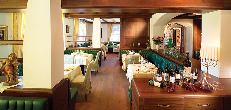Hotel Continental, Selva, Italy - dining room.jpg